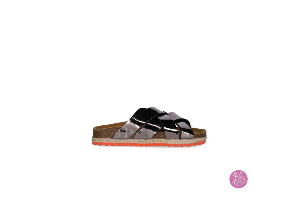 sandal cross spark black 2