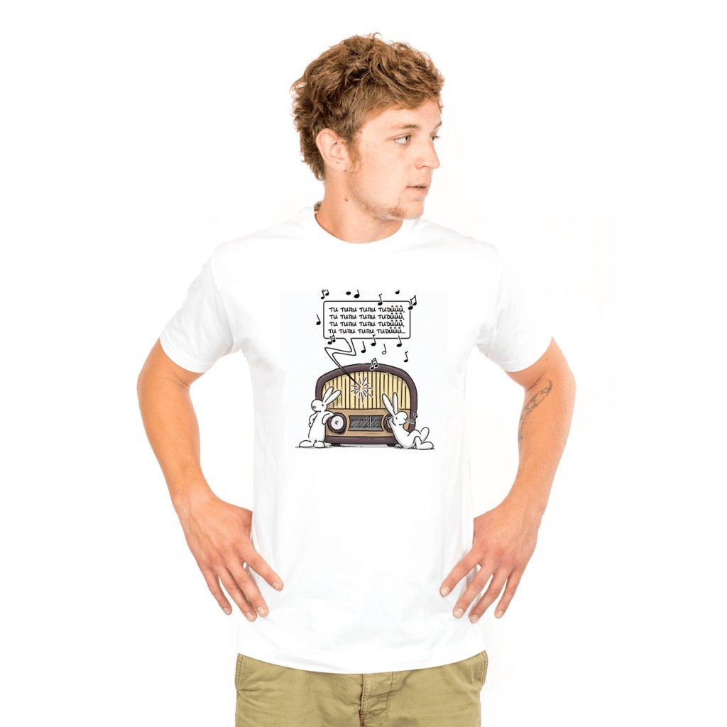 BB tričko pánské Poslouchají rádio.jpg