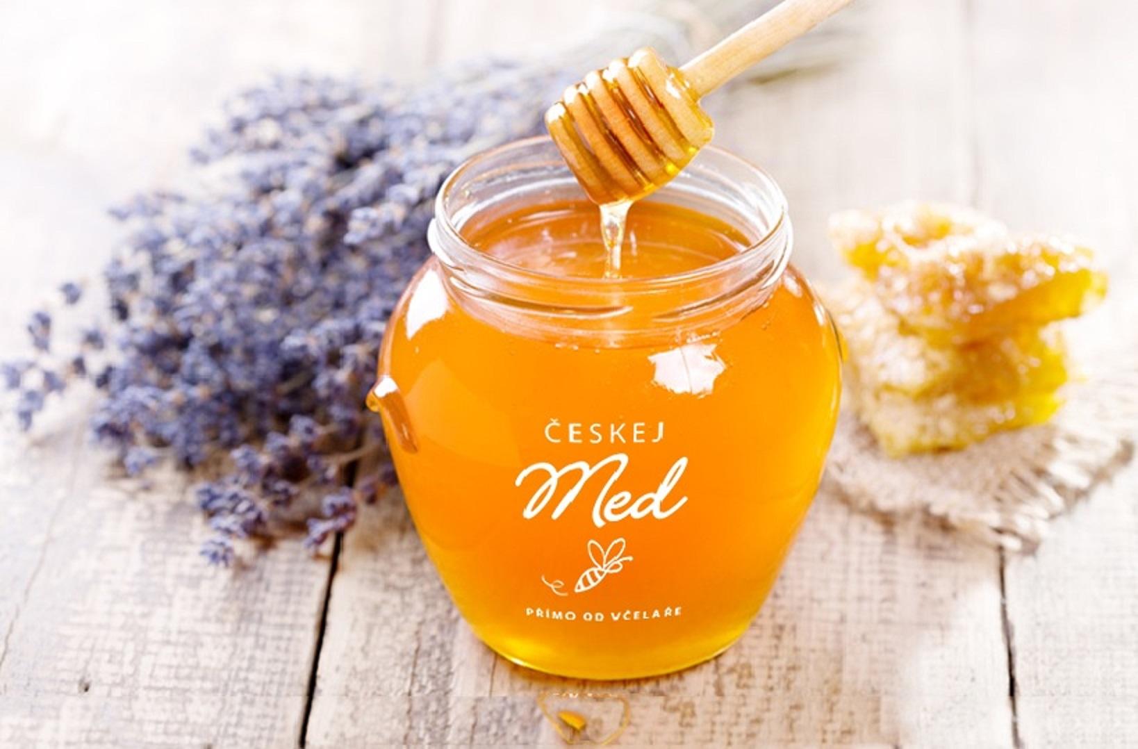 Slaďoučký a tak krásně voní! Dostali jste chutě? Tak honem mrkněte na naše medíky, včelky se snažily!