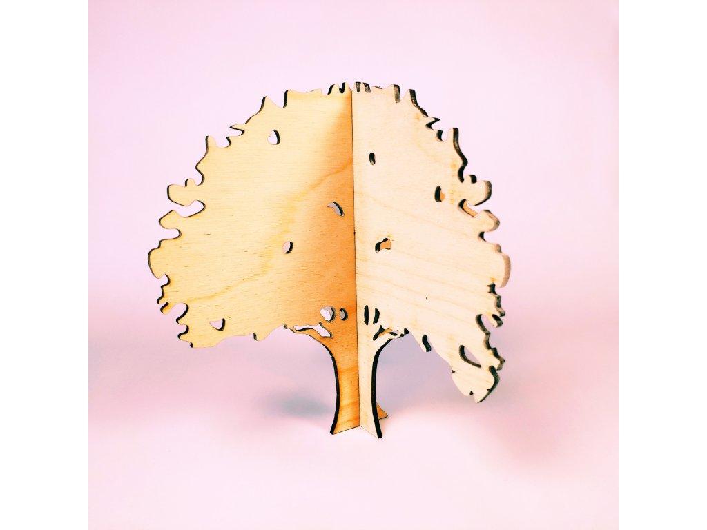 Listnatý strom