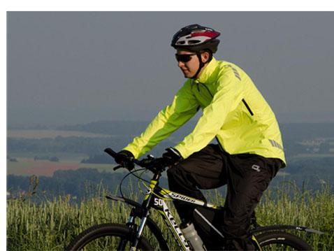 Cyklistické membránové oblečení do deště