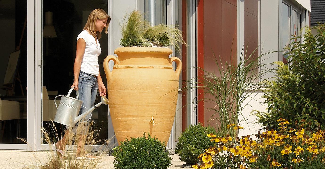 GRAF Zásobník na dešťovou vodu Amphora 250 l s květináčem