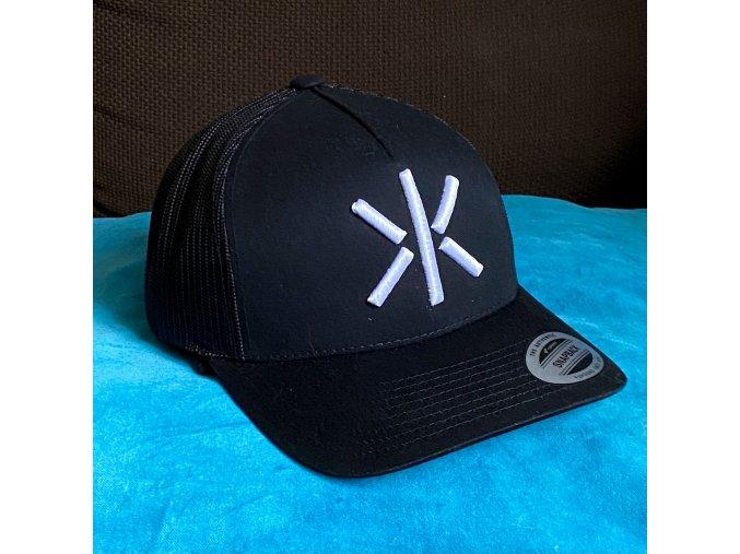 Kšiltovka Trucker - síťka / Vyšívané logo - 2K