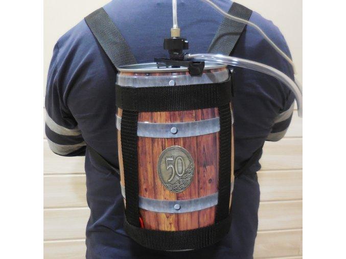 Pivní batoh s pípou . Pivní pohotovost