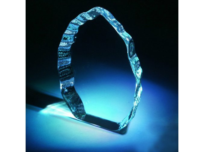Ledovec . Optické sklo