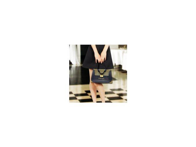 WineChic . Luxusní tekuté kabelky