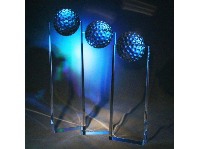 golfové trofeje pohromadě
