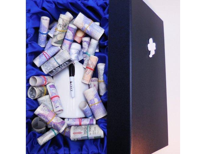 Peníze se vzkazem . Svatební dar