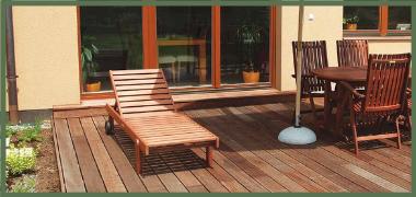 Terasy z exotických dřevin – Bukit