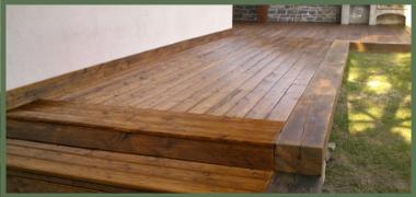 Terasy z jehličnatých dřevin – modřín sibiřský a modřín slezský