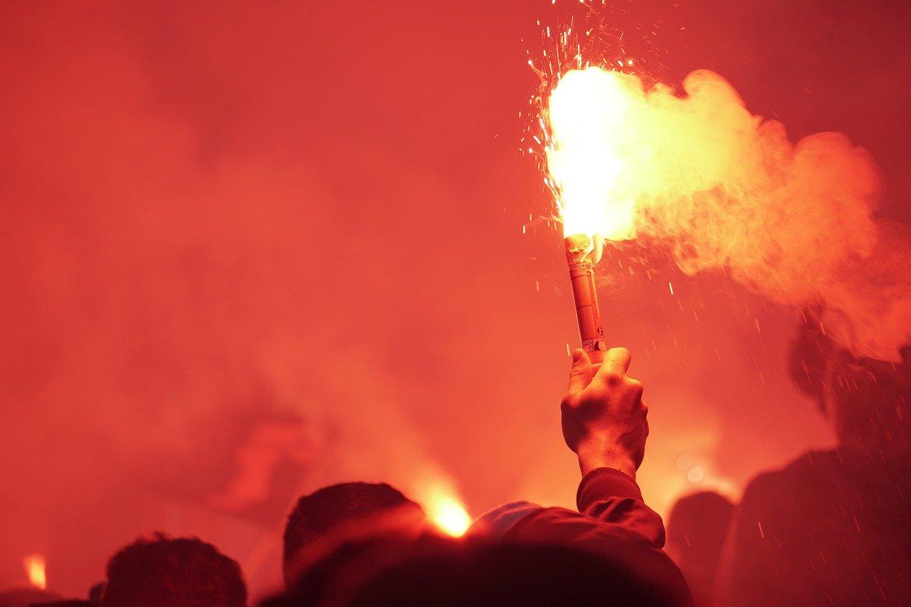 Vládní boj proti fotbalovým chuligánům