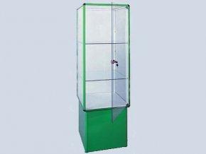Prosklené vitríny na soklu