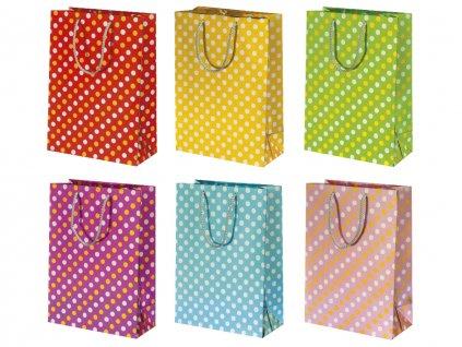 Papierová darčeková taška bodky, bodkovaný motív. Červená taška, žltá taška, zelená taška, fialová taška, modrá taška, ružová taška s bodkami.
