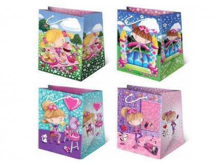 Darčekové tašky detské, taška pre deti, detský motív, farebné tašky. Kreslené dievčatá, kreslené obrázky.