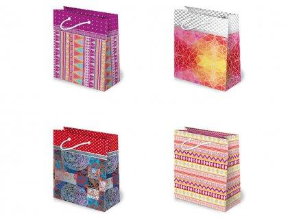 Darčekové tašky abstrakt vzor, mix farieb, mix motívov.  Určené na rýchle balenie darčekov napr. darčeky pre ženy, darčeky k narodeninám, darčeky k meninám, darčeky k životnému jubileu, darček z lásky.