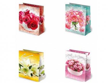 Kvetinové darčekové tašky - červené ruže vo váze, ružové ruže, biele ľalie, ružové ruže v miske.