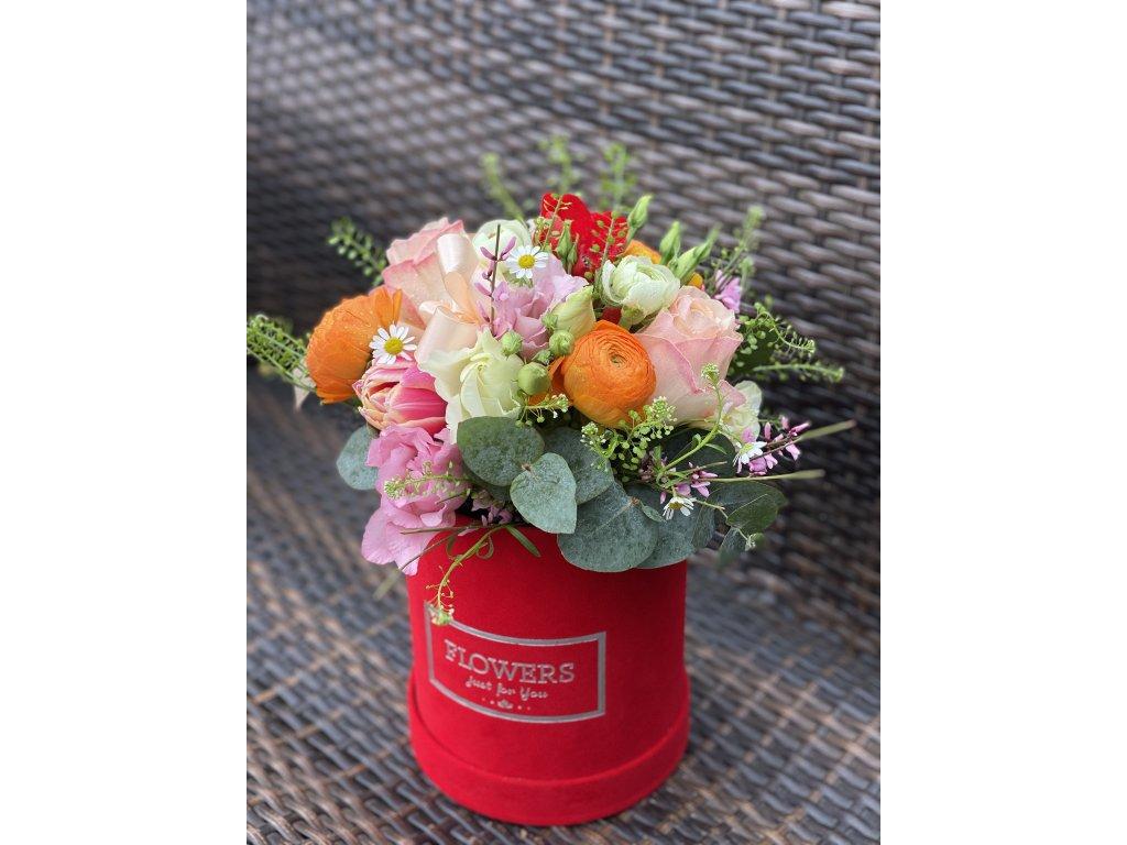Box z miešaných kvetov