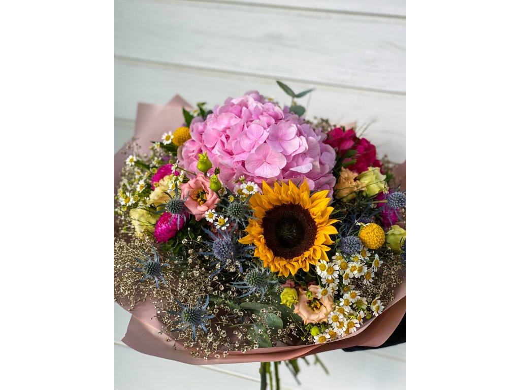 Gratulačná kytica s hortenziou