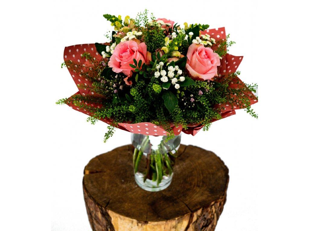 Kytice Růží, Bouwardií a Antirhinium