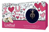 Perla Přání - Z lásky, motiv I Love You, perla s řetízkem a přívěskem GLOBAL JOURNEY