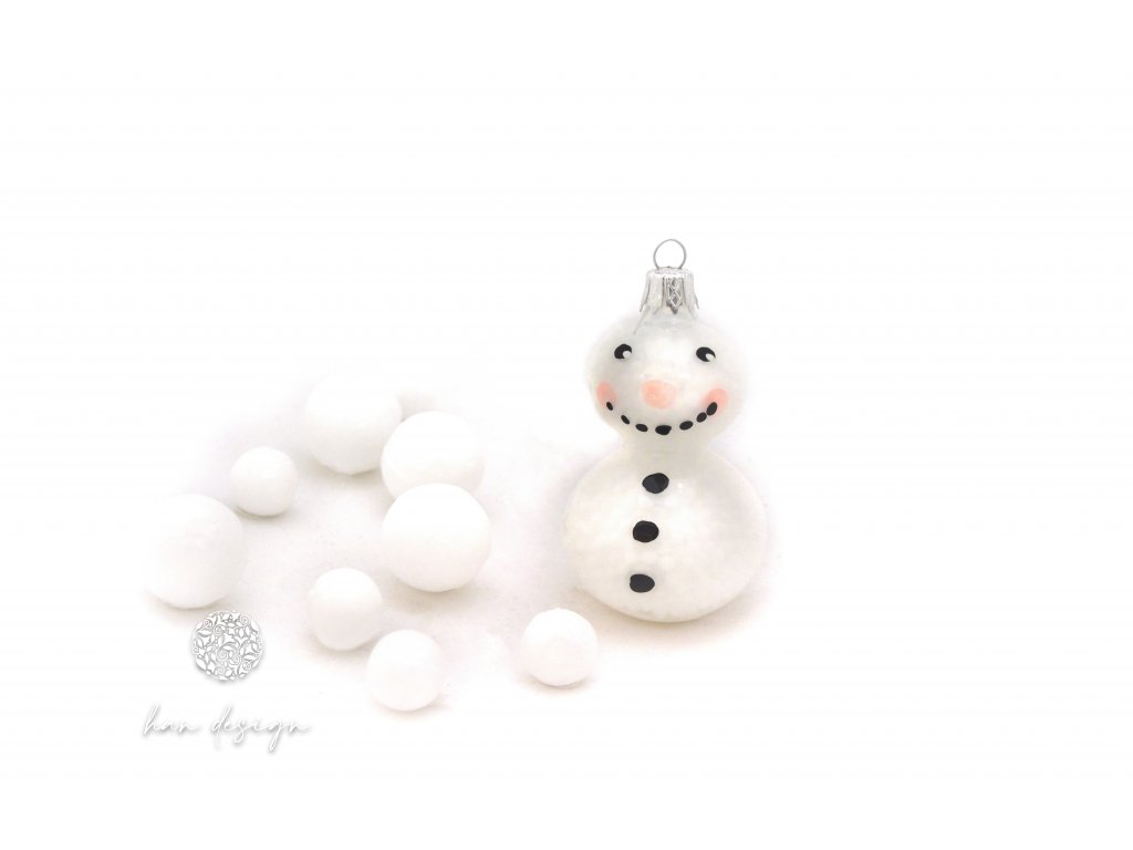 47 sněhulák s nosem bílý porcelán s kuličkami 35