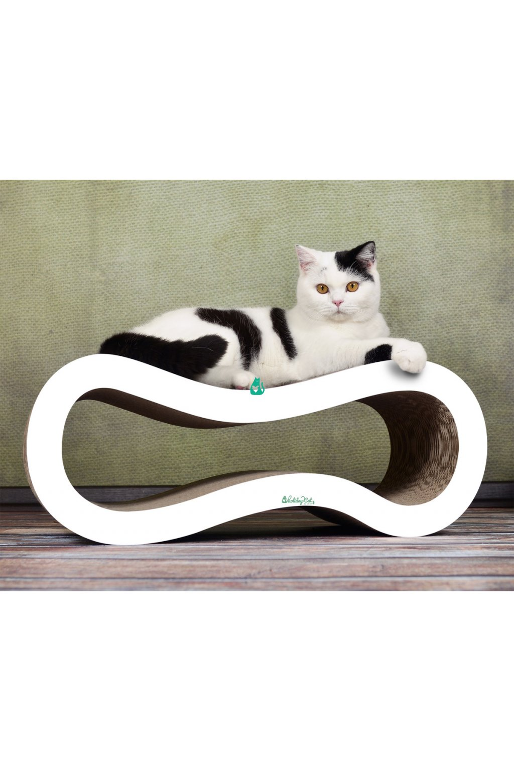 cat on singha m cat scratcher holidaycat white 02