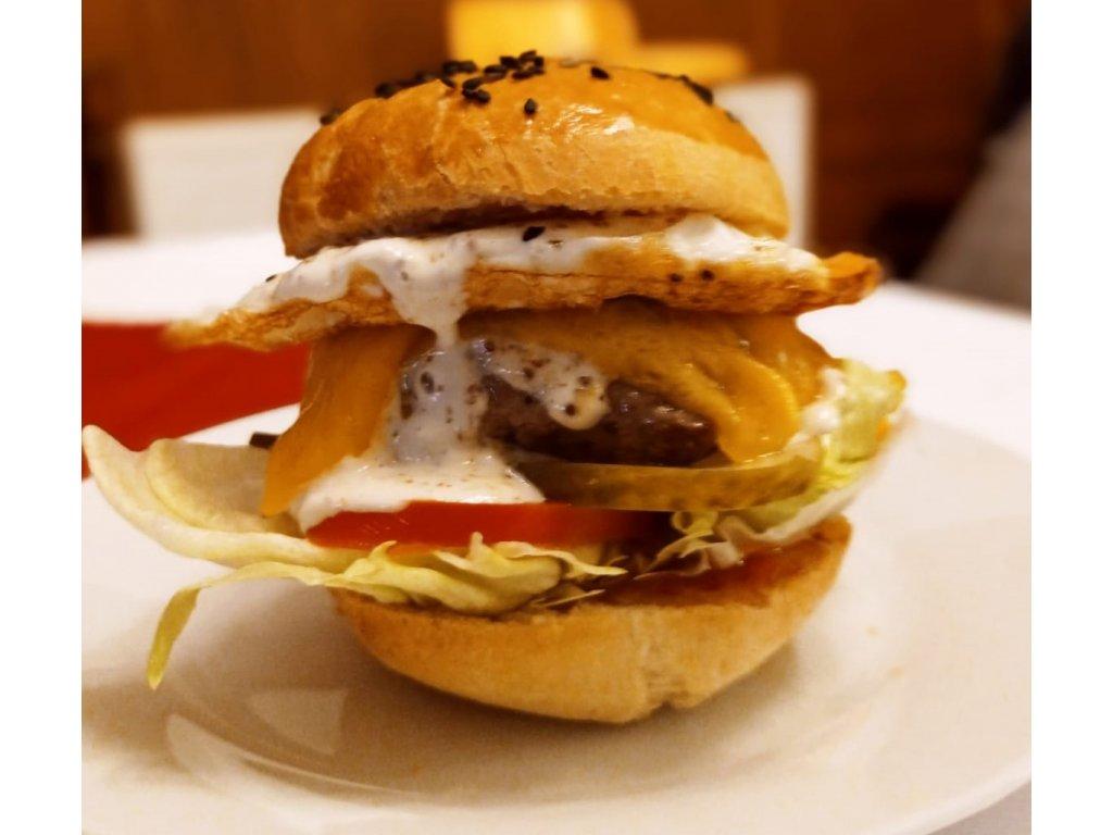 Hovězí hamburger + palačinka
