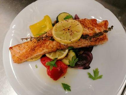 8750 1 peceny losos s grilovanou zeleninou