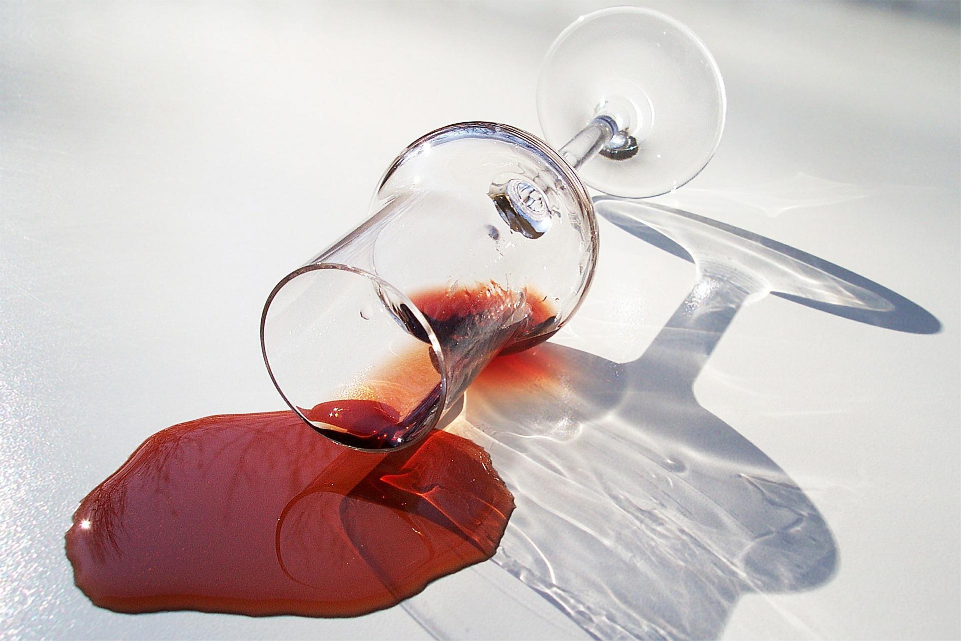 red-wine-505296_1920