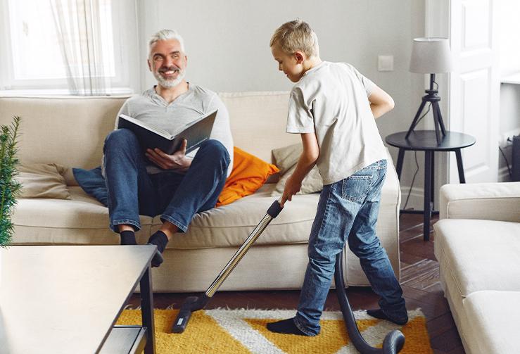 4 tipy, jak se zabavit v karanténě: zábavou s rodinou i úklidem