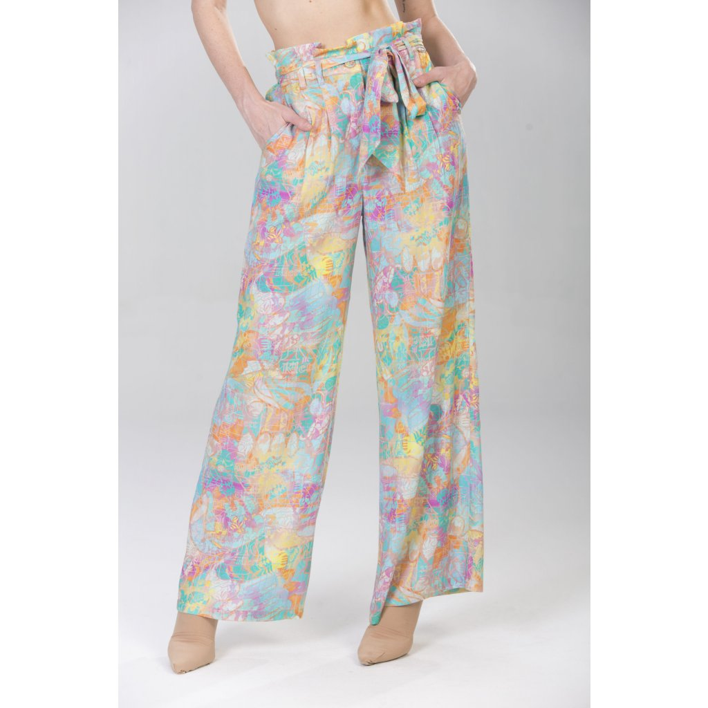 Long wide leg trousers with coordinating belt