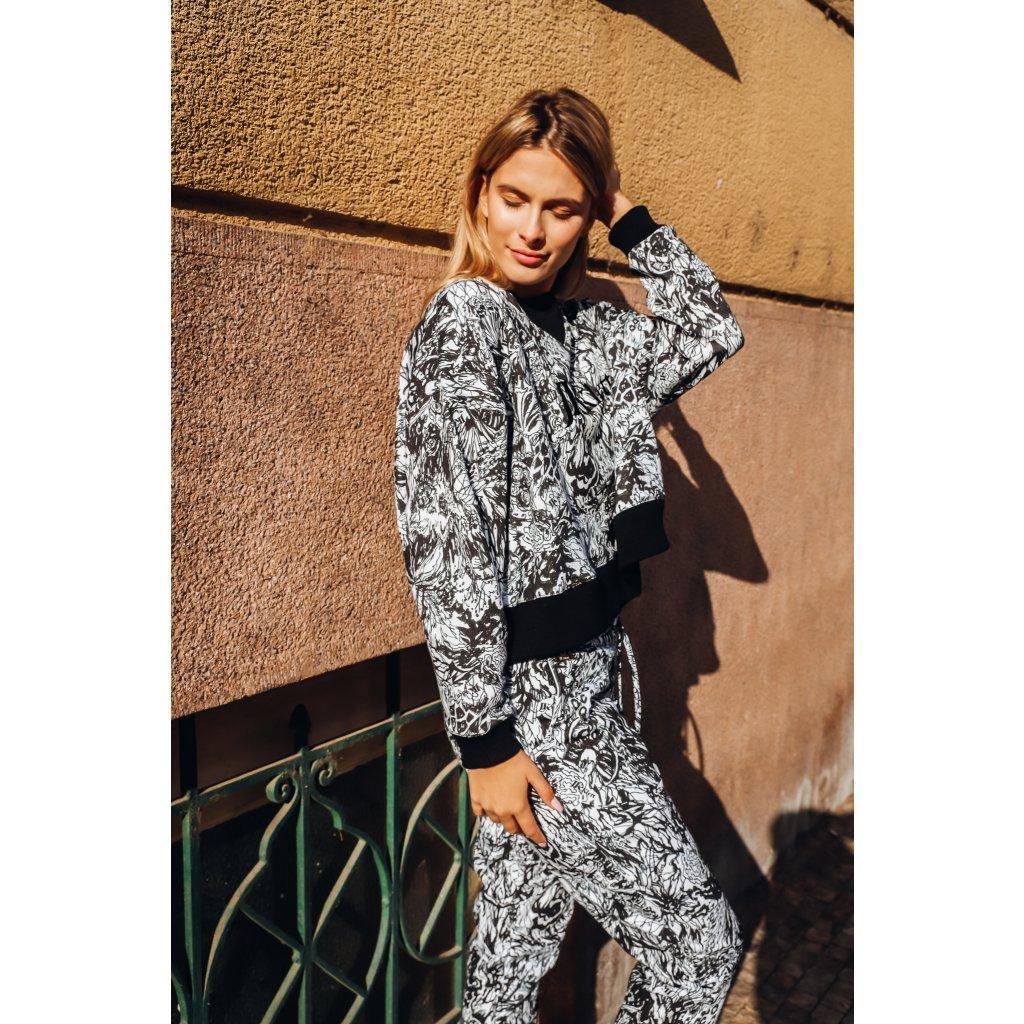 JK Klett smart casual cropped designer LIBERTA sweatshirt / limited edition