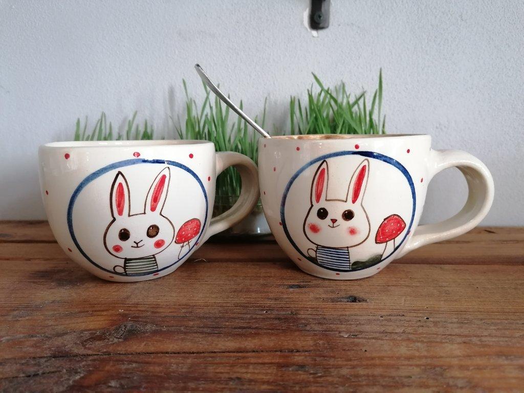 Hrnek malý - králíci
