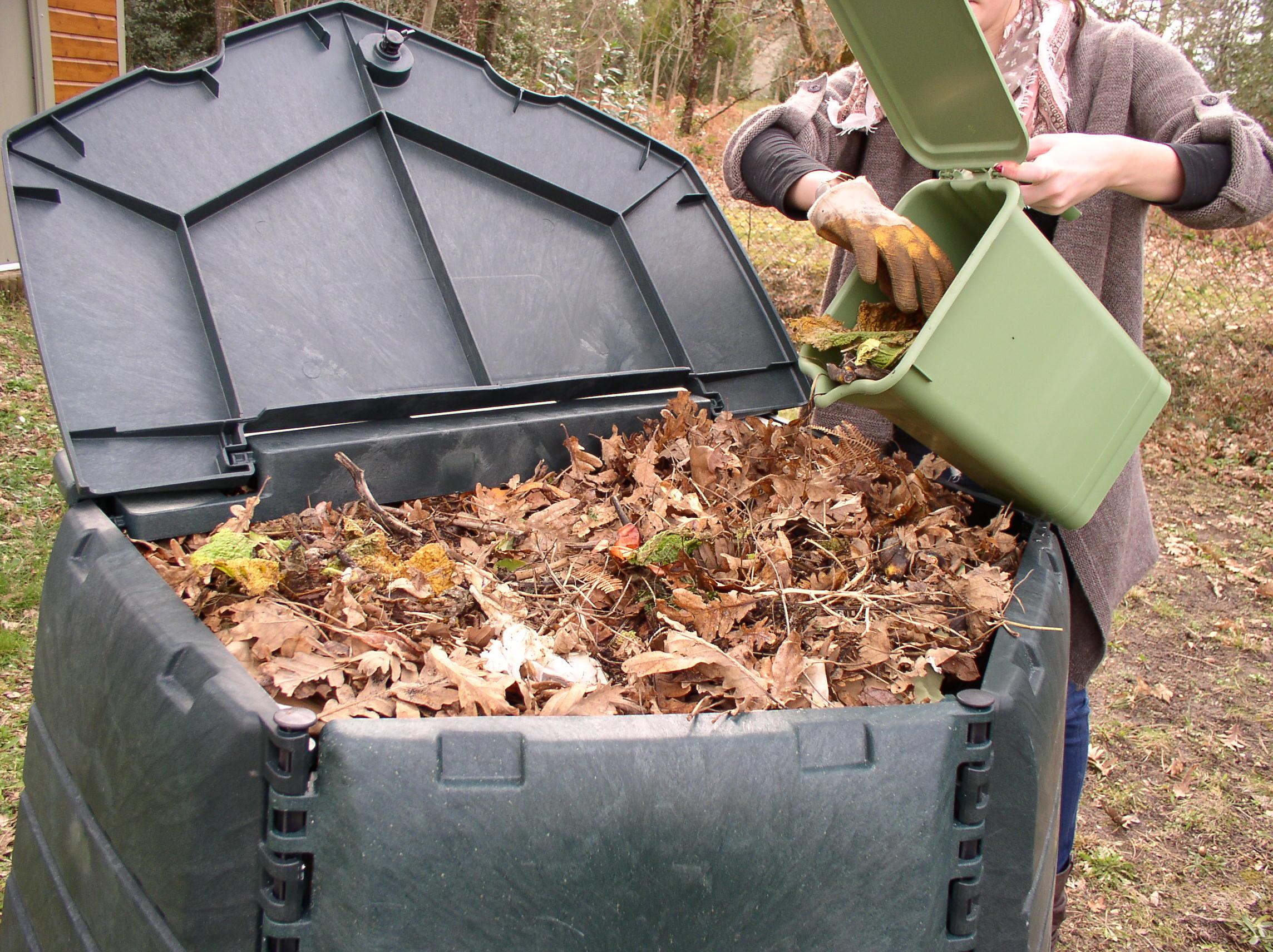 Záhradné kompostéry