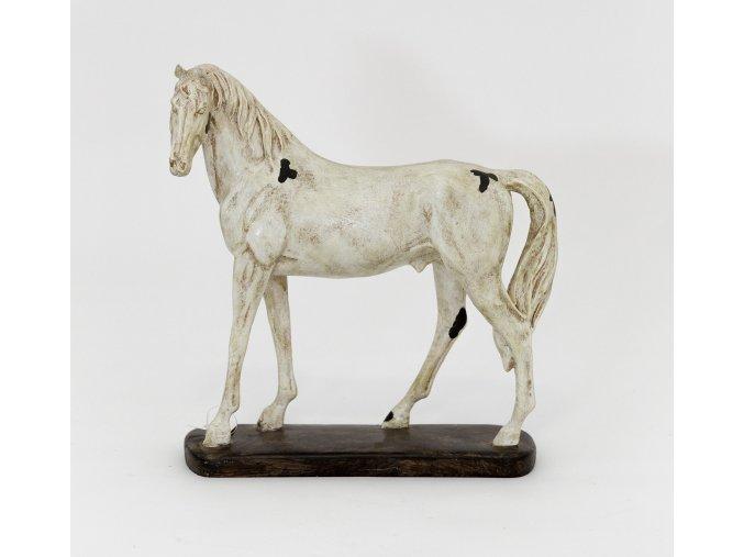 Kůň na podstavci