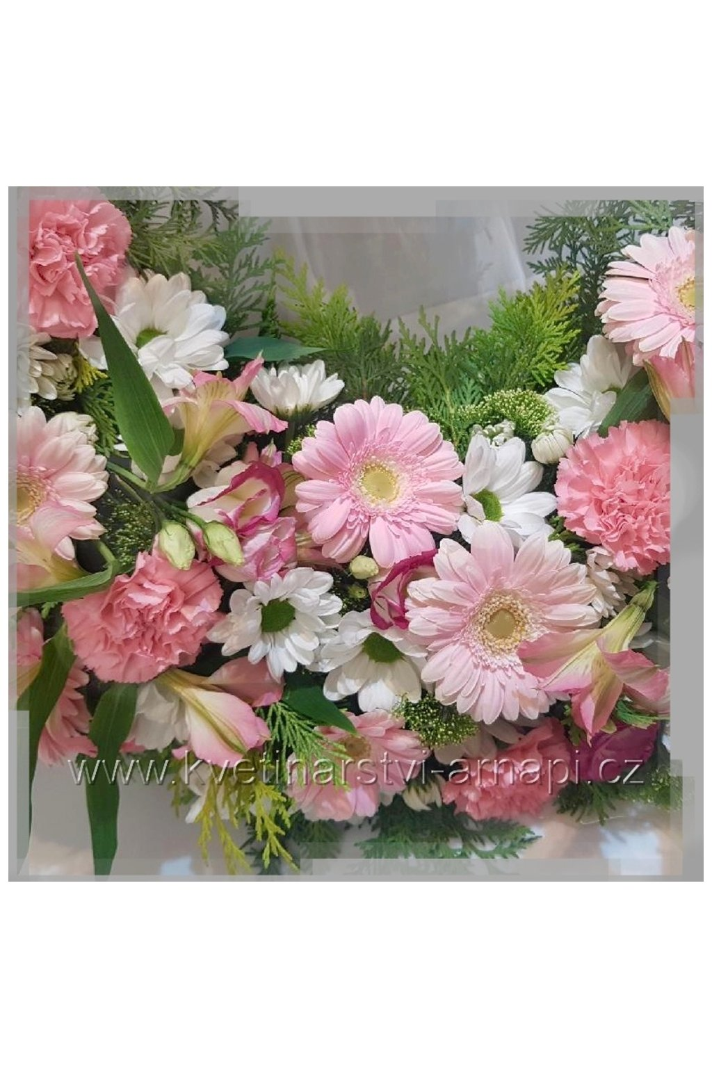 smutecni venec ruze bile kvetinarstvi arnapi