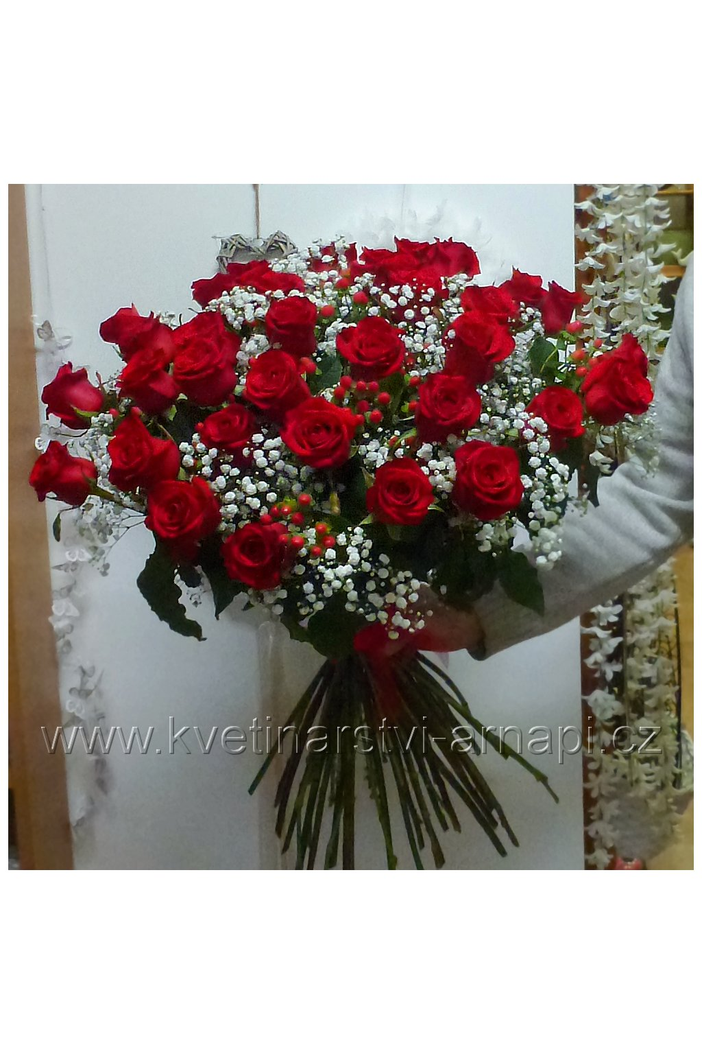kytice ruzi cervenych kvetinarstvi arnapi