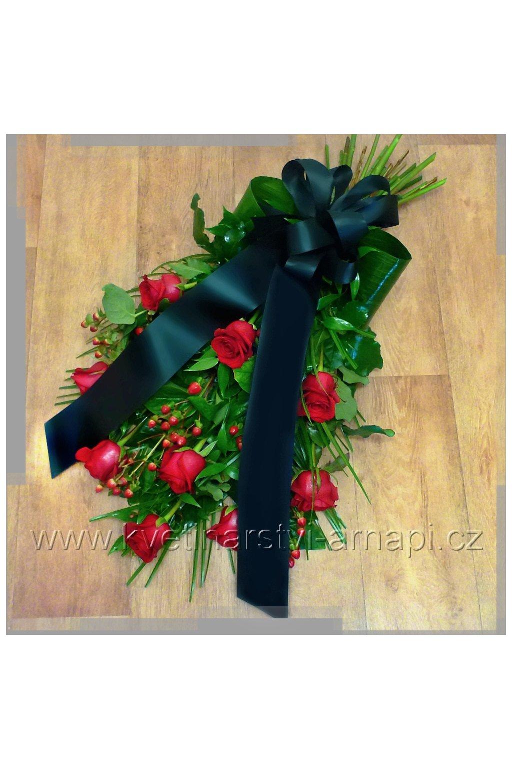 smutecni kytice z rudych ruzi kvetiny kvetinarstvi arnapi