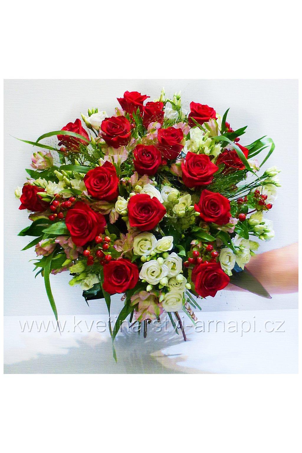 kytice darkova ruze kvetiny kvetinarstvi arnapi