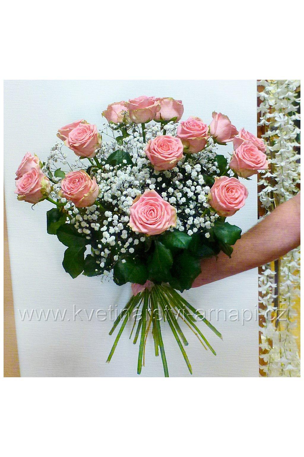 kytice darkova kvetiny darky online kvetinarstvi arnapi