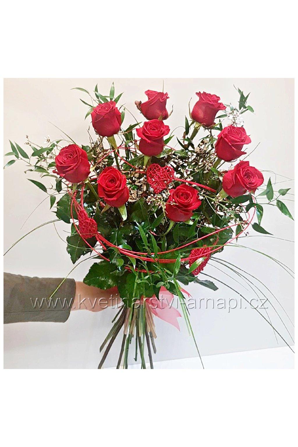kytice z lasky ruze kvetinarstvi arnapi