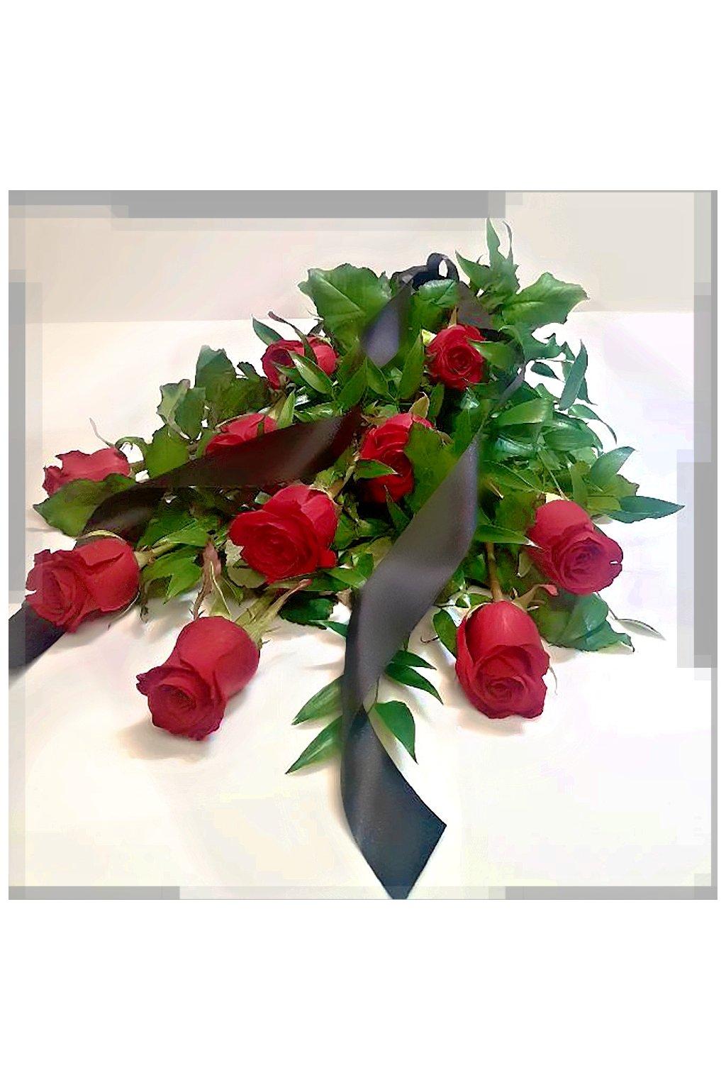 smutecni kytice z rudych ruzi kvetinarstvi arnapi