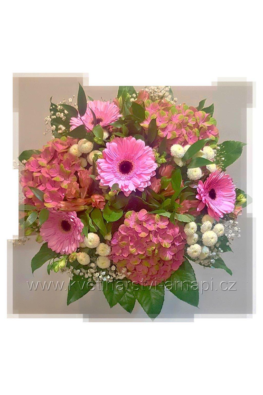 kytice hortenzie kvetiny rozvoz eshop kvetinarstvi arnapi