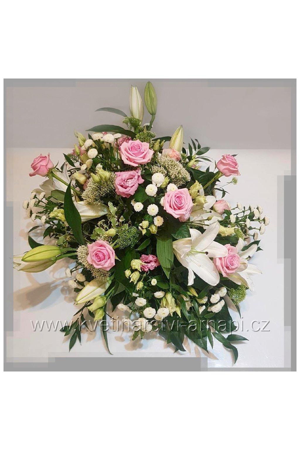 smutecni kytice vypichovana do drzaku eshop kvetinarstvi arnapi