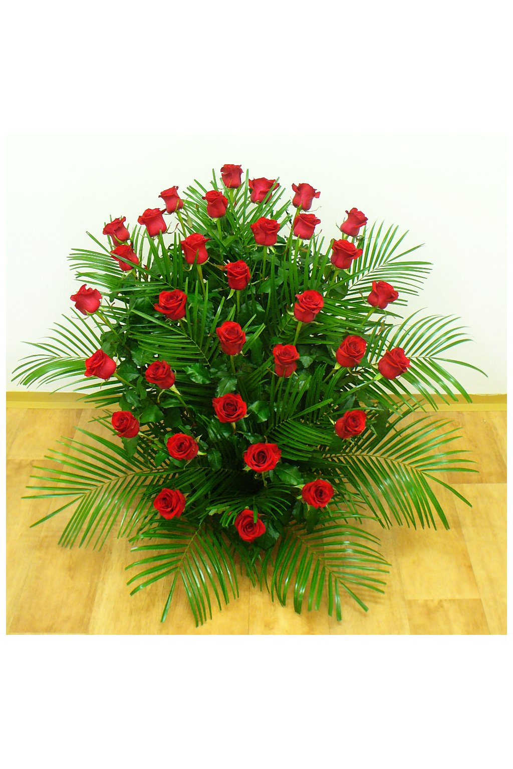 smutecni kytice rude ruze kvetiny kvetinarstvi arnapi