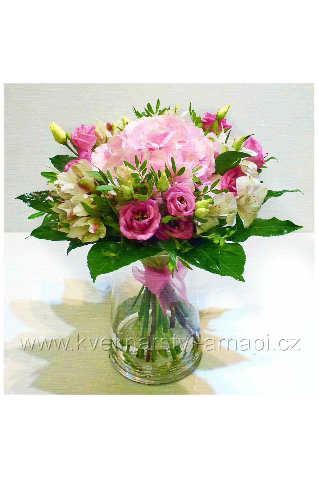 kytice darkova hortenzie kvetiny kvetinarstvi arnapi