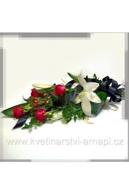 smutecni kytice z ruzi eshop rozvoz kvetinarstvi arnapi