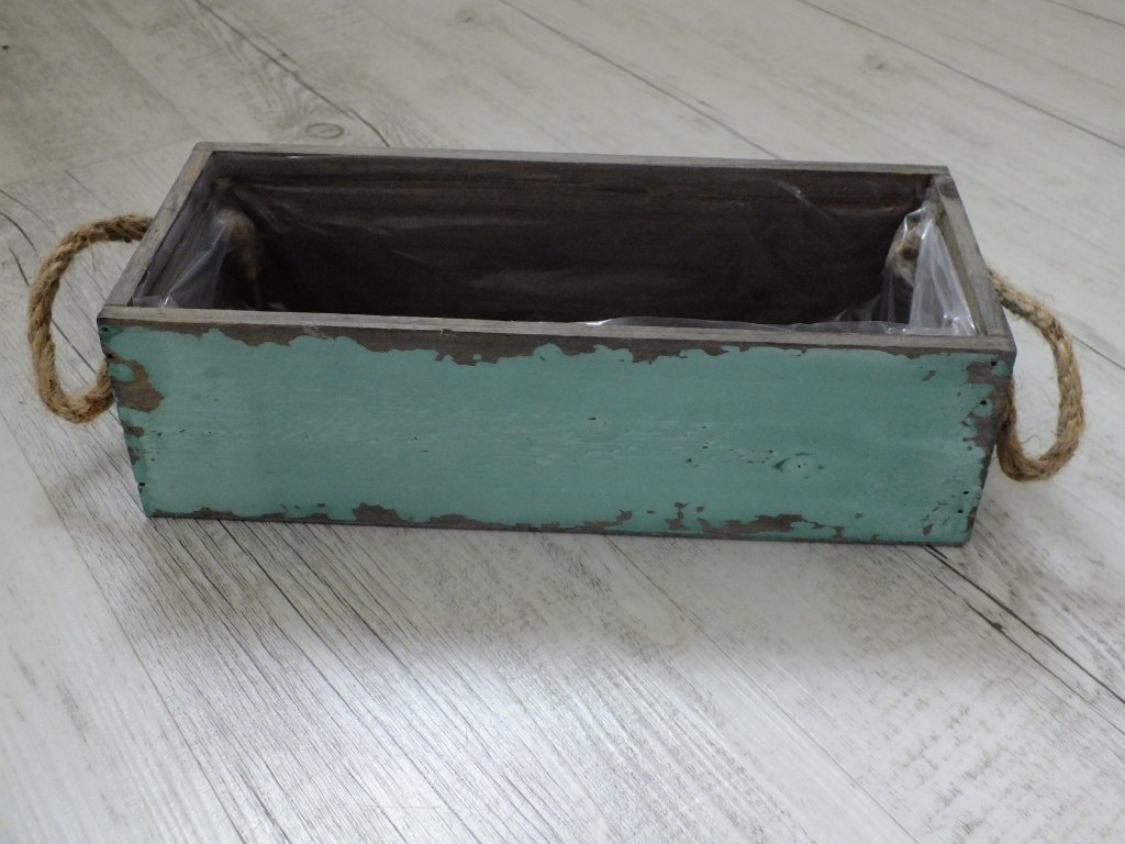 Zelený truhlík - dřevo