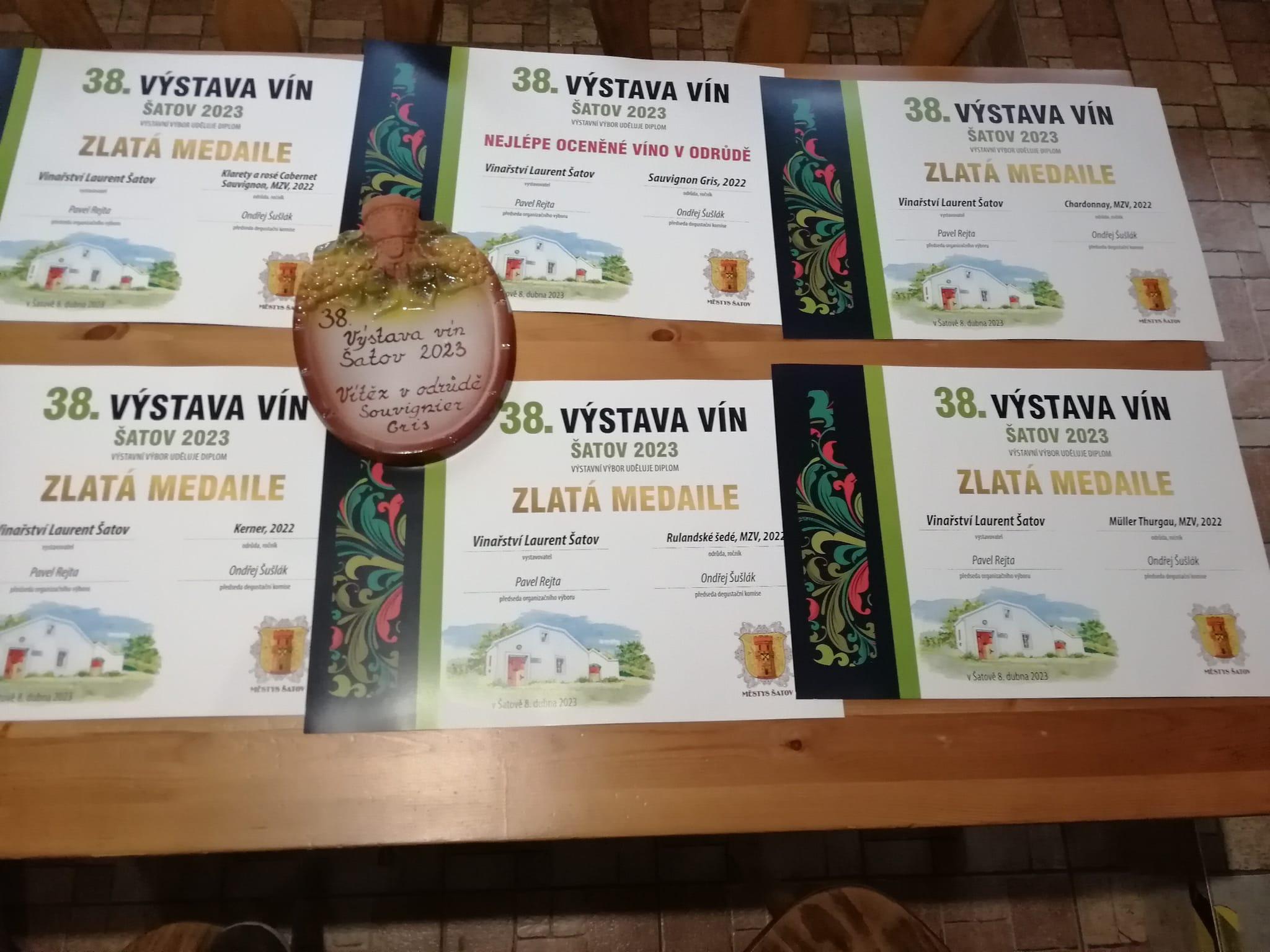 Vinařství Laurent Šatov Cabernet Sauvignon rosé 2020 pozdní sběr 0,75l