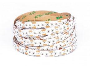 LED pásek 20W m 300 diod